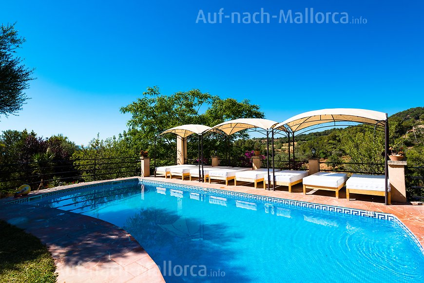 Finca Son Torrat: am Pool