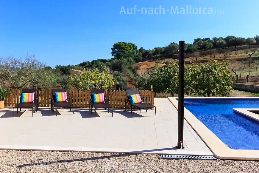 Finca Can Nito: Poolterrasse