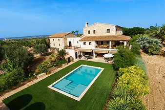 Finca Can Corem: Finca mit Pool