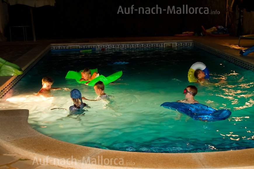 Finca Ses Bitles: Poolparty