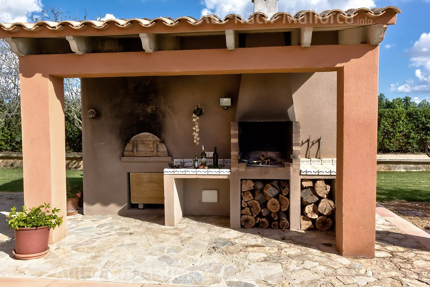 Finca Ses Pareadas: Finca mit Grill - Barbecue